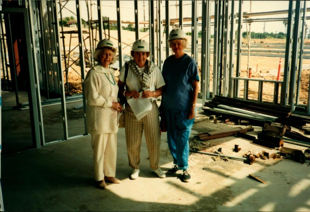 Elizabeth Stahr Visits Construction Site