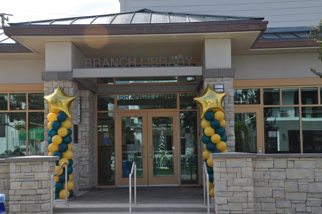 Corona del Mar Library Entrance